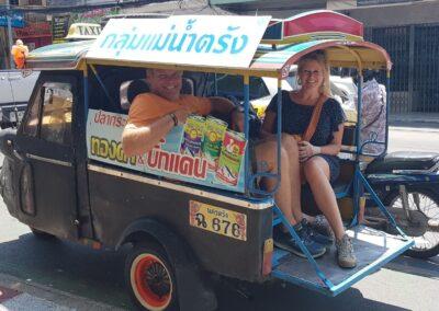 Droom Durf Doe - op reis met de tuktuk