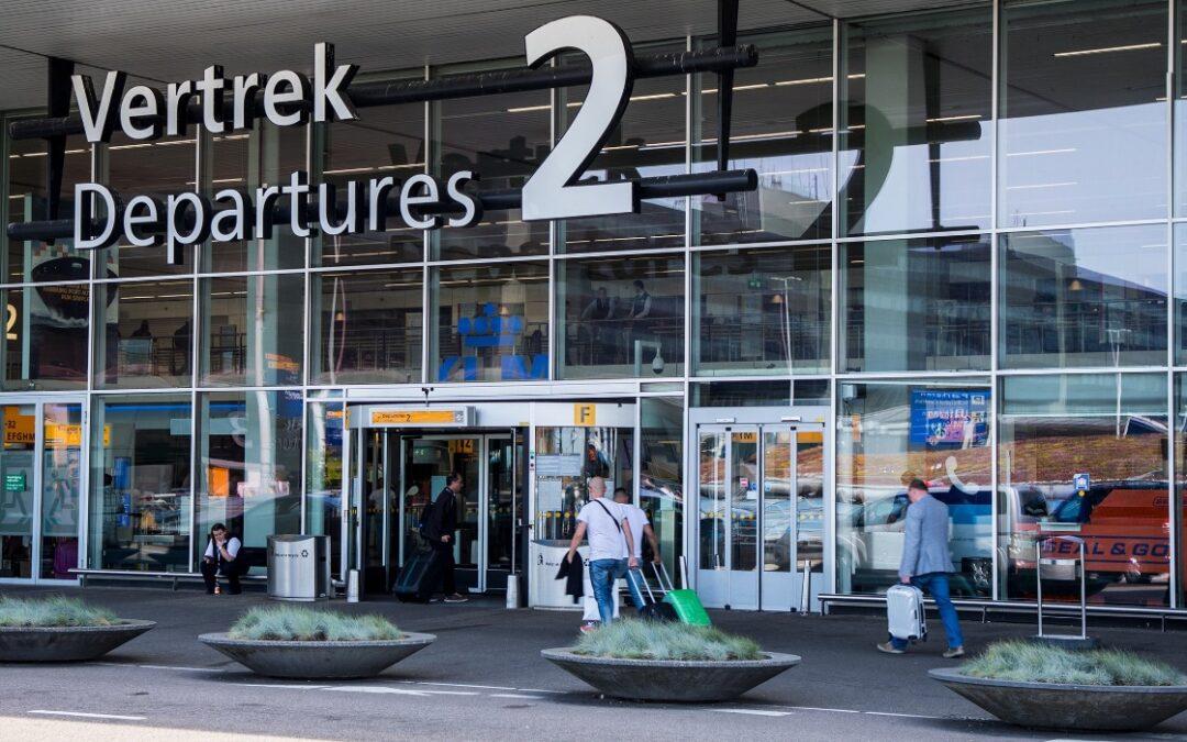 Ik-Vertrek-foto-Schiphol-vertrek-terminal-voor-blog-Ik-Vertrek-Roy
